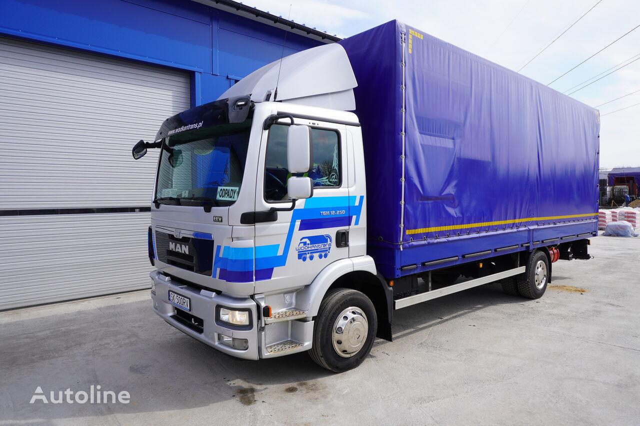 ciężarówka plandeka MAN TGM 12.250